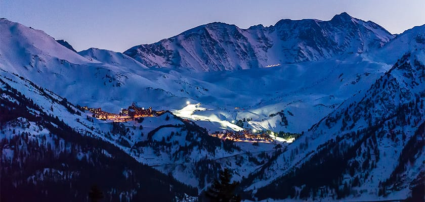Les Arcs At Night.jpg